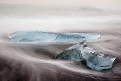Eis am Lavastrand